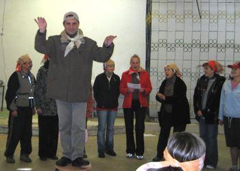 Выступление хора Турянского